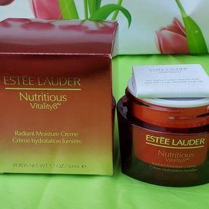 Estee lauder nutritious Vitality8 Radiant